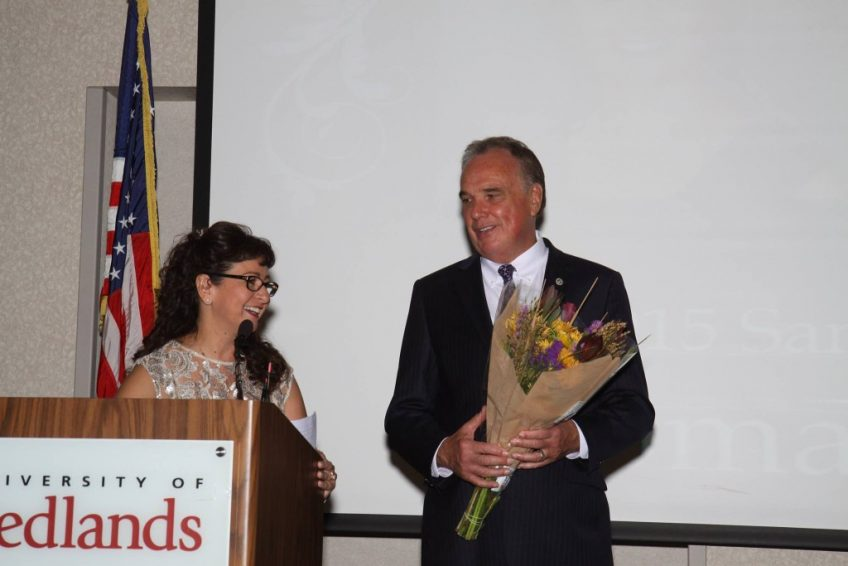 California State Senator Mike Morrell honors Minuteman Press franchise owner Maribel Brown with the Woman of the Year Award for San Bernardino County. http://www.minutemanpressfranchise.com
