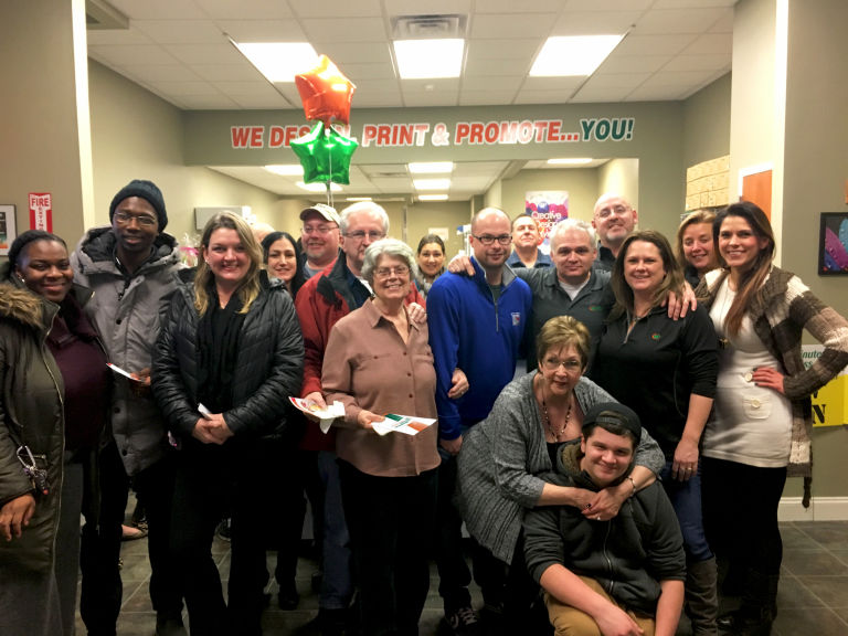 Minuteman Press franchise owners Chuck and Amanda Heinz celebrate the grand opening of their center in Wappingers Falls, N.Y. with family, friends and colleagues. http://www.minutemanpressfranchise.com