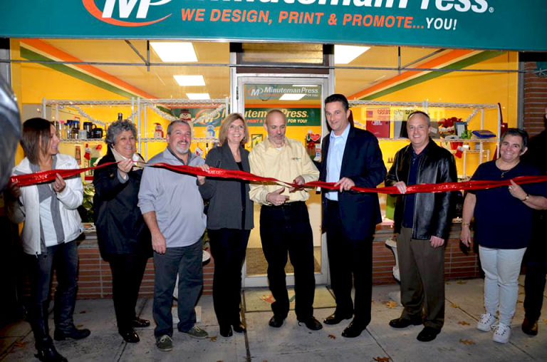 Minuteman Press Franchise in Northvale, NJ Celebrates 35 Years in Business with Move to Brand New Retail Location http://www.minutemanpressfranchise.com