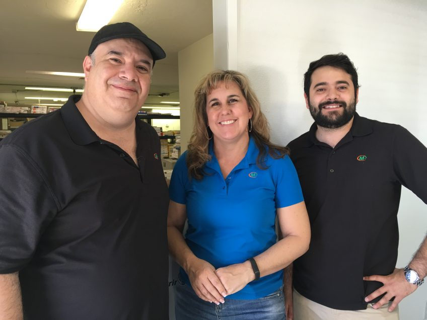 Meet the staff of Minuteman Press in El Cajon, CA. Pictured from left to right: Julian Rosado, Sr. (owner), Beth Hutchins, and Julian Rosado, Jr. http://www.minutemanpressfranchise.com