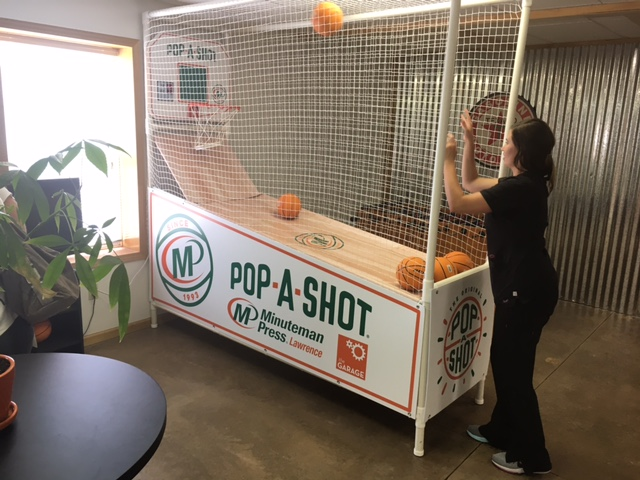 Minuteman Press in Lawrence, KS has refurbished a 1990s Pop-A-Shot basketball game with Minuteman Press branding and colors. http://www.minutemanpressfranchise.com