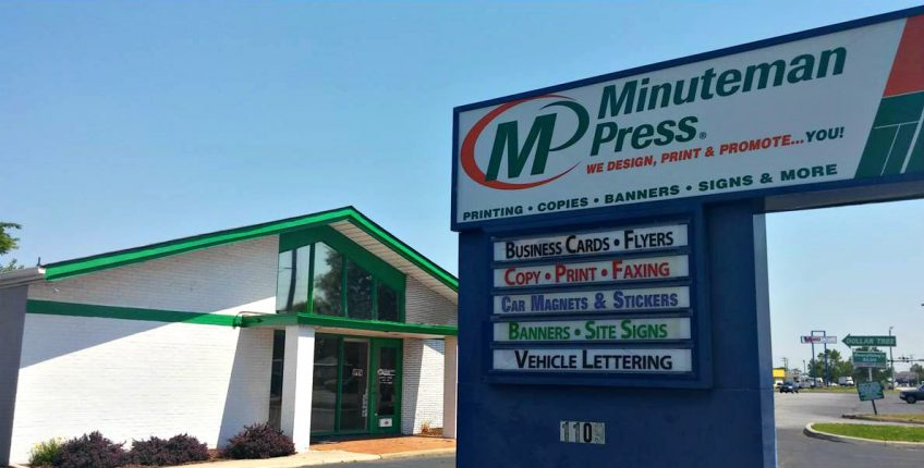 Minuteman Press franchise, Chesapeake, VA - storefront. Bryan Agnello acquired this location in July 2016 to further expand his business. http://www.minutemanpressfranchise.com