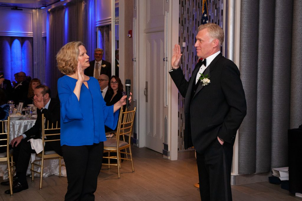 Nassau County Executive Laura Curran (left) installs Michael Levy (right) as the President of the East Meadow Chamber of Commerce at the 64th Annual Installation of Officers and Directors. https://minutemanpressfranchise.com